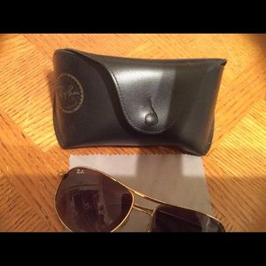 Vintage Ray Bans with case & cleaning cloth